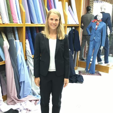 Бопхут, Таиланд: Slim fit women's suit with designer trousers