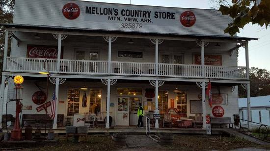 ‪Mellon's Country Store‬