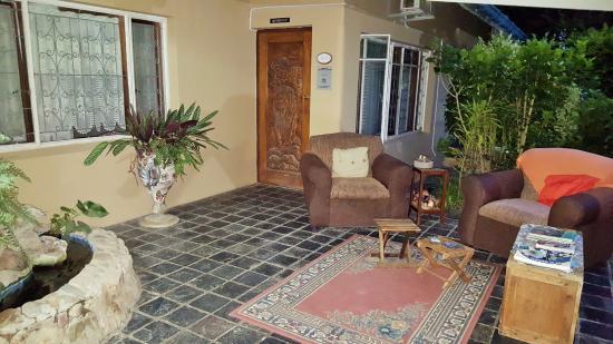 Addo, แอฟริกาใต้: Cosy verandah with WiFi