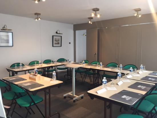Campanile Dole : Meeting room