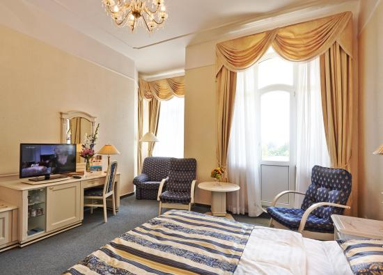 Danubius Health Spa Resort Grandhotel Pacifik : Superior PLUS room
