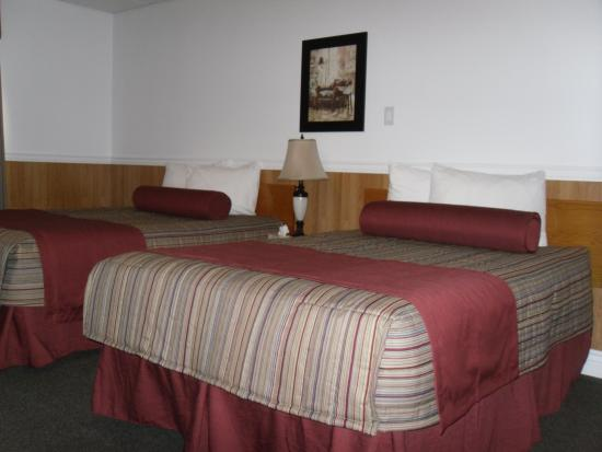 Hotel North Two: Double Room Occupancy