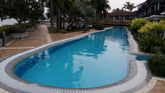 Longest Pool In Kerala Picture Of Ramada Resort Cochin Kumbalam Tripadvisor