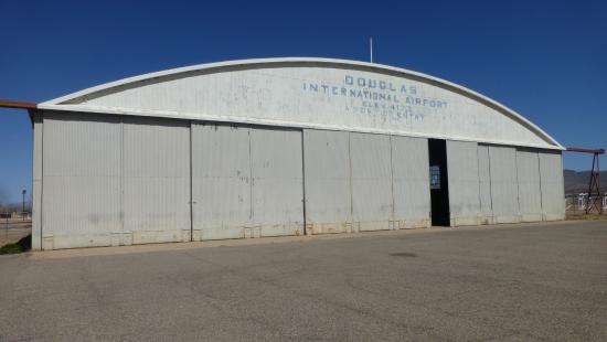 ‪‪Douglas‬, ‪Arizona‬: Douglas International Airport Hanger‬