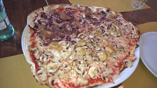 Ristorante Antica Gastronomia: Pizzona bigusto
