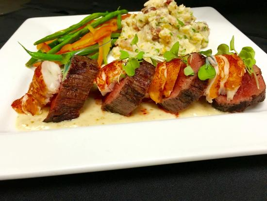 Sunset Grill at Little Harbor: Daily Special