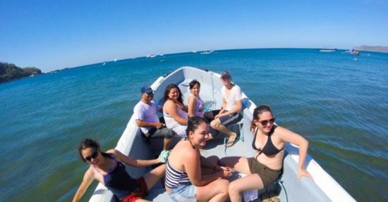 Machele's Place: paseo en bote