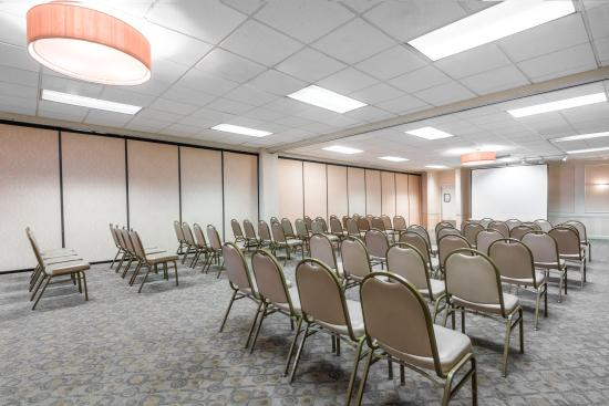Centerstone West Chester Inn: Meeting Room