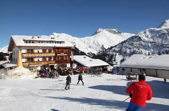 Hotel Ilga: Ski in - Ski out