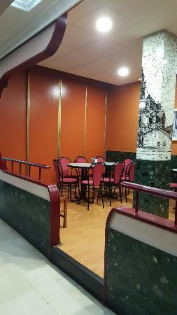 Bar Zodiac