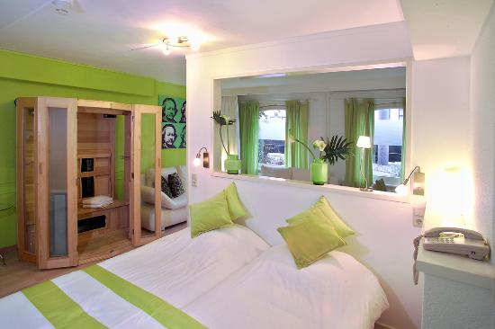 Hotel Rembrandt: Quad room