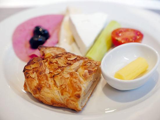 Karakoy Rooms: Breakfast Buffet