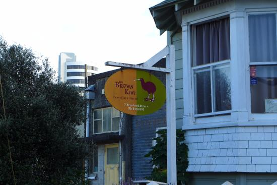 Brown Kiwi Backpacker Hostel Photo
