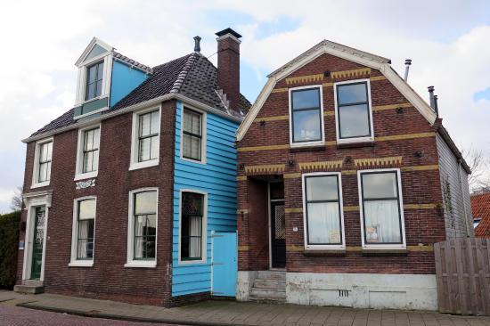 Het blauwe huis van monet foto van het blauwe huis zaandam tripadvisor - Fotos van eigentijds huis ...