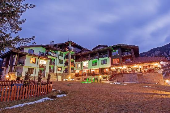 Oak Residence Apartments