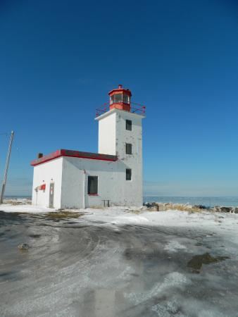 ‪‪Pictou‬, كندا: Caribou Lighthouse ~ Watch your step in the winter.‬