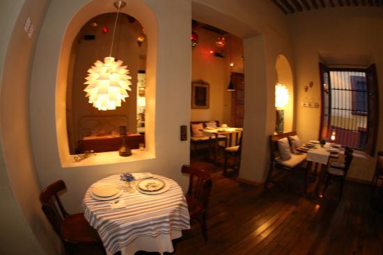 A Punto Restaurante-Delicatessen