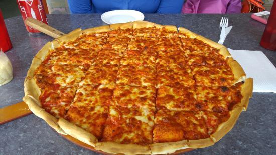 Suzi's Pizza