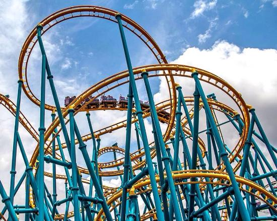 DON'T BUY TICKETS ONLINE - Review of Six Flags Fiesta Texas