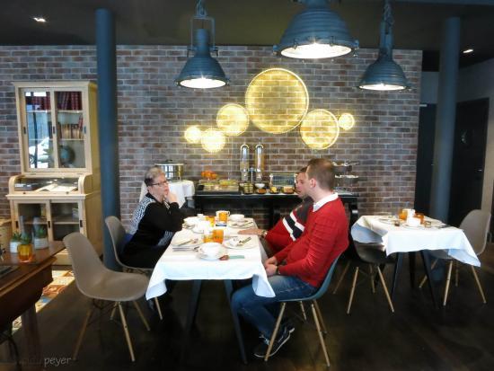 fr hst cksbuffet picture of hotel fabric paris tripadvisor rh tripadvisor com