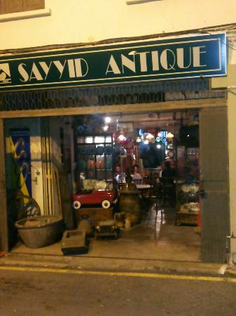 Sayyid Antique & Cafe