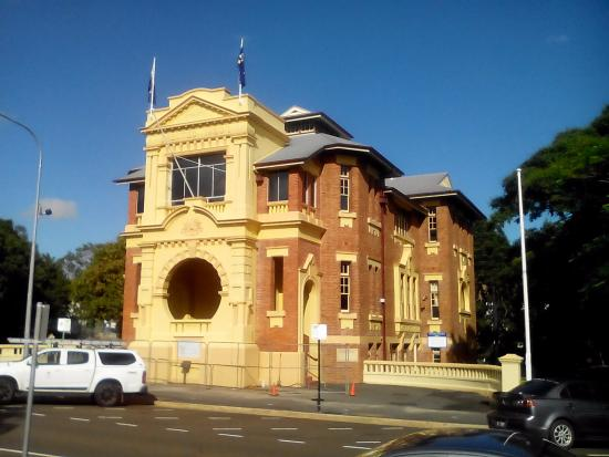Ipswich RSL Memorial Hall Museum