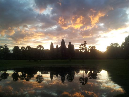 Cambodia Angkor Guide