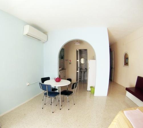 semi basement apartment sleeping 6 persons x2 private showers rh tripadvisor ie