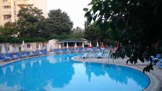 Marbel Hotel Photo