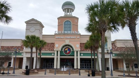 Regal Cinemas Columbiana Grande 14