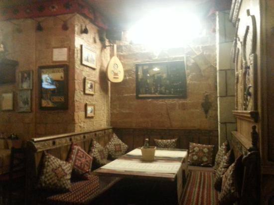 Arredamento in stile arabo foto di aladdin restaurante for Arredamento stile arabo