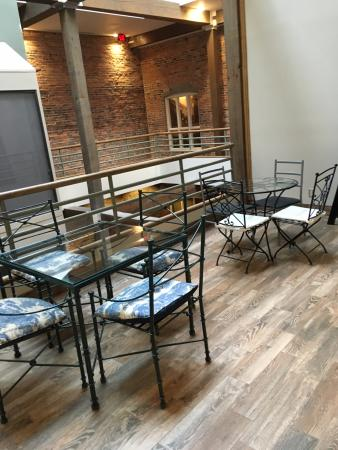 Nashville Downtown Hostel: Places to hangout within the hostel