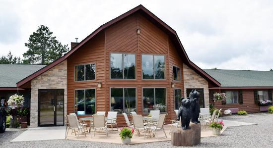 Boulder Bear Motor Lodge