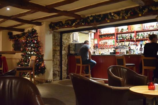 Gamekeeper's Inn: Just before Christmas