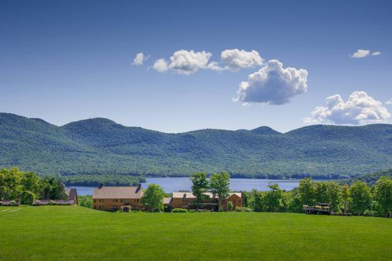 Chittenden, VT: lodge and spring view