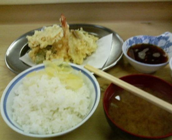 Tenpuraimoya: これがいもやの天ぷら定食