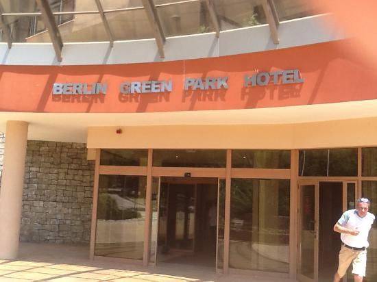 lti Berlin Green Park Hotel : Вход