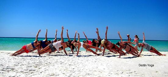 ‪Destin Yoga by the Sea‬