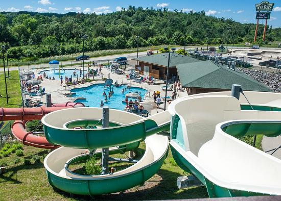 Three Bears Resort Outdoor Waterpark
