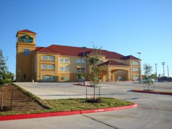 Photo of La Quinta Inn & Suites Kyle