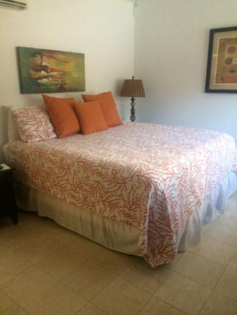 Benner, St. Thomas: 3 Bedroom Unit - Master Suite