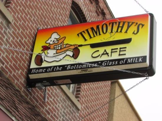 Fennimore, วิสคอนซิน: The sign outside of Timothy's gives patrons a view of the quirkiness and fun of this local gem.