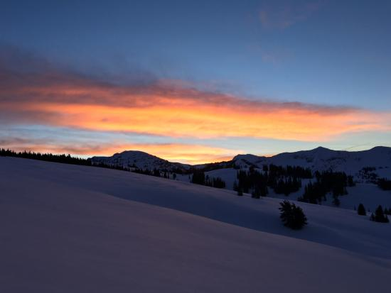Teton Backcountry Guides: Sunset from Baldy Knoll Yurt