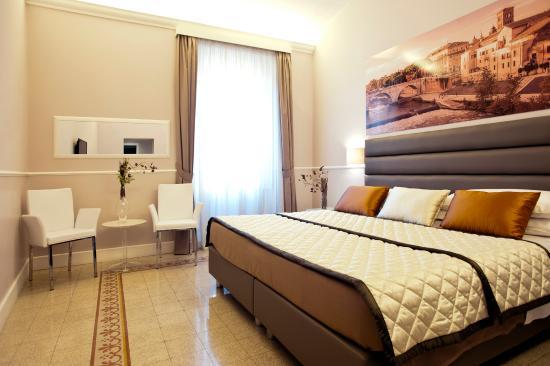 Rooms in Navona