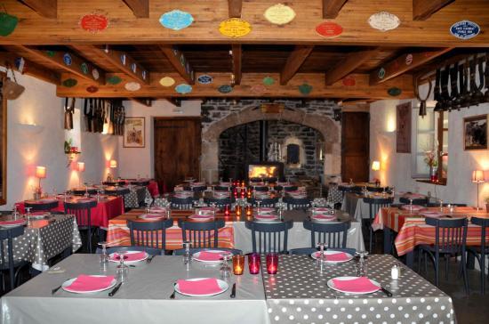 Aubrac, Francia: La grande salle du Buron