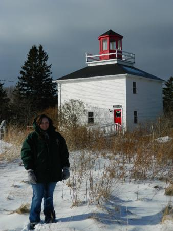 Burntcoat Head Park: The lighthouse on the bluff.