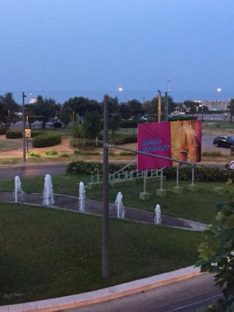 Hotel Airone : Вид из окна!!