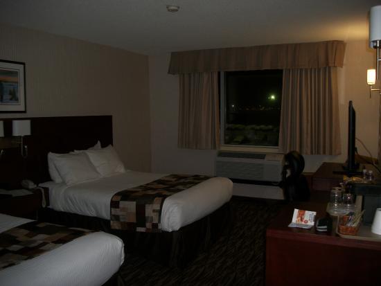 Capital Hotel Photo
