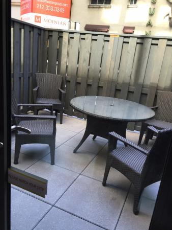 outdoor terrace picture of hilton garden inn new york central park rh tripadvisor co uk
