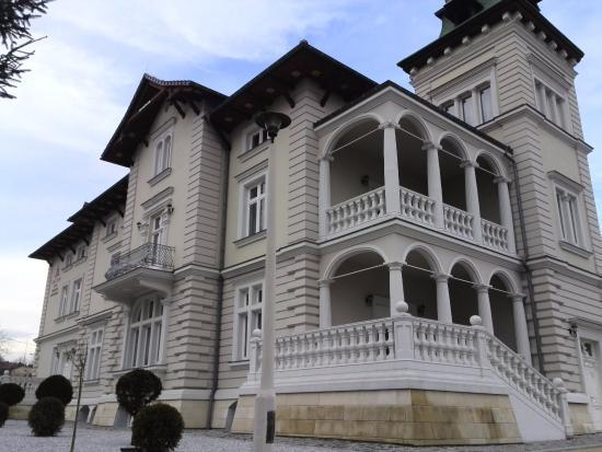 Lacon Hotel